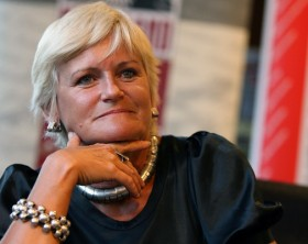 "Monica Tatoiu isi lanseaza cartea ""Politic incorect"", la Libraria Universitatii din Cluj, vineri, 5 februarie 2010. MIRCEA ROSCA / MEDIAFAX FOTO"