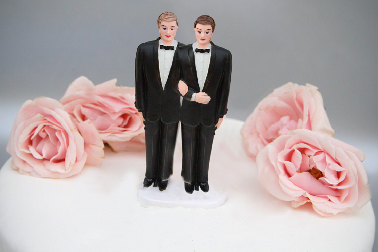 same_sex_wedding_topper1