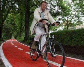 klaus-iohannis-bicicleta-4