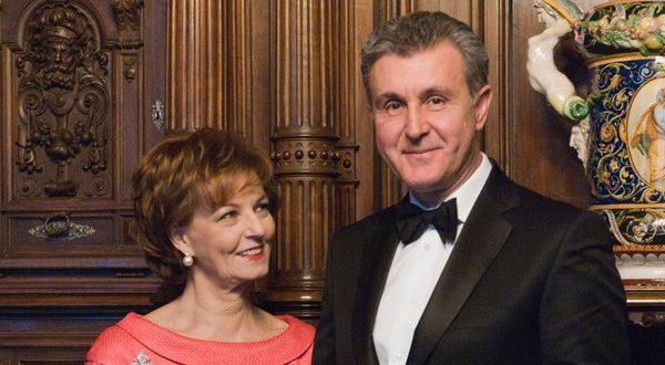 Margareta-declarata-regina-pe-Facebook-alaturi-de-principele-consort-Radu-Duda