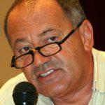Clubul Roman de Presa a supus, duminica, spre dezbatere, o propunere de reglementare a relatiilor profesionale dintre patronatele din mass-media, editori si jurnalisti. In imagine, directorul cotidianului Ziua, Sorin Rosca Stanescu